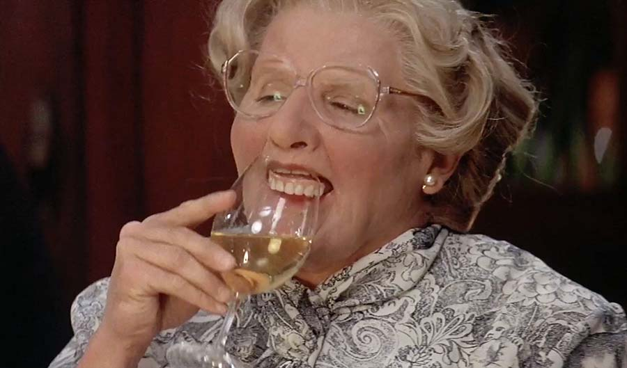 Robin Williams dentures in Mrs. Doubtfire Movie.