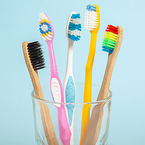WhatYouNeedtoKnowtoBuytheRightToothbrush