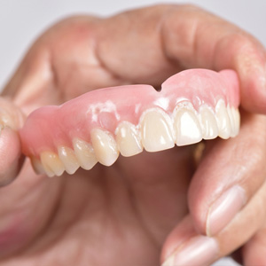 DenturesStillanEffectiveRestorationforTotalToothLoss