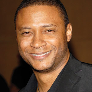 Actor David Ramsey Says Dont Forget to Floss