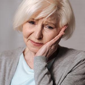 tooth-loss-older-americans-300.jpg