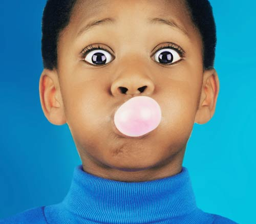 Chewing Gum Linked to Headaches in Kids